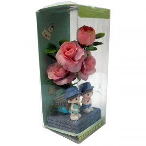 هدیه ولنتاین جعبه گل عاشقانه ( جعبه طلقی گل )