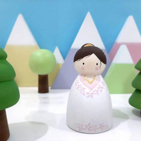 آدمک چوبی عروس